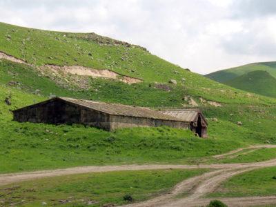 Fig. 10. Caravanserraglio medievale presso il passo di Selim.