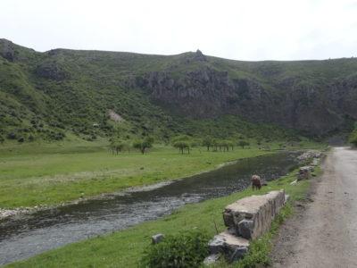 Fig. 7. La gola del fiume Hrazdan, regione del Kotayk.