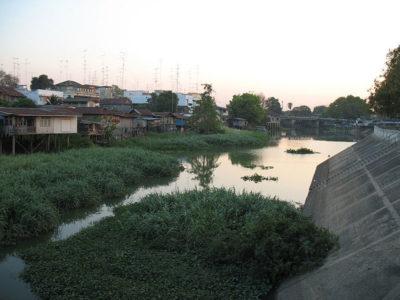 Vista del Fiume Lopburi a Lopburi