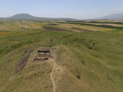 Fig. 1. Solak 1 (KSP 016). Veduta della fortezza da nord-est.