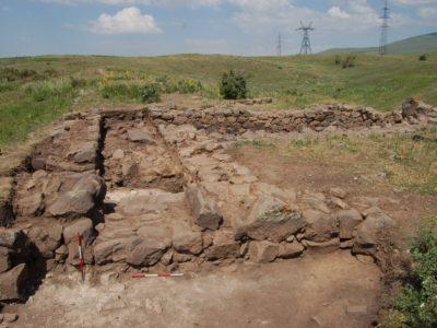 Fig. 13. Solak 1. La porta principale di ingresso alla fortezza.