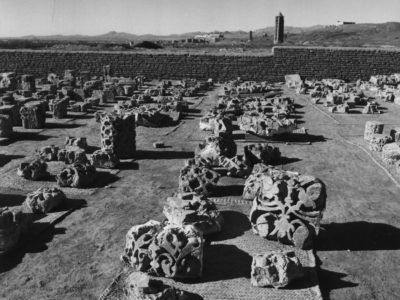 Ghazni (1966) - Brickworks from the excavation of the Ghaznavid palace assembled in the western area of the courtyard