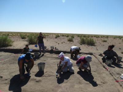 Fase di scavo del sito di Togolok 1 (2015)